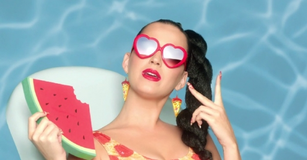 katy-perry-in-this-is-how-we-do